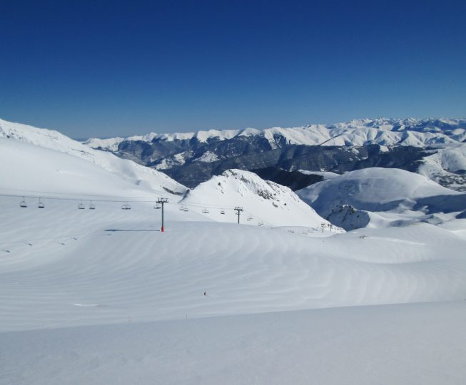 Blue skies, sun and fresh snow. What more can you want from a Boardingmania Ski Holiday?